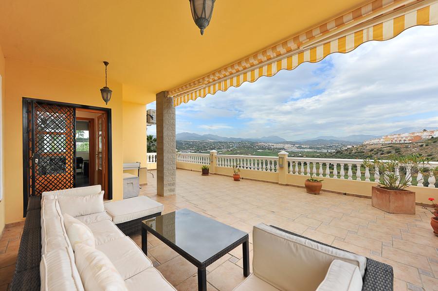 Fritliggende Villa i Coín R2896160