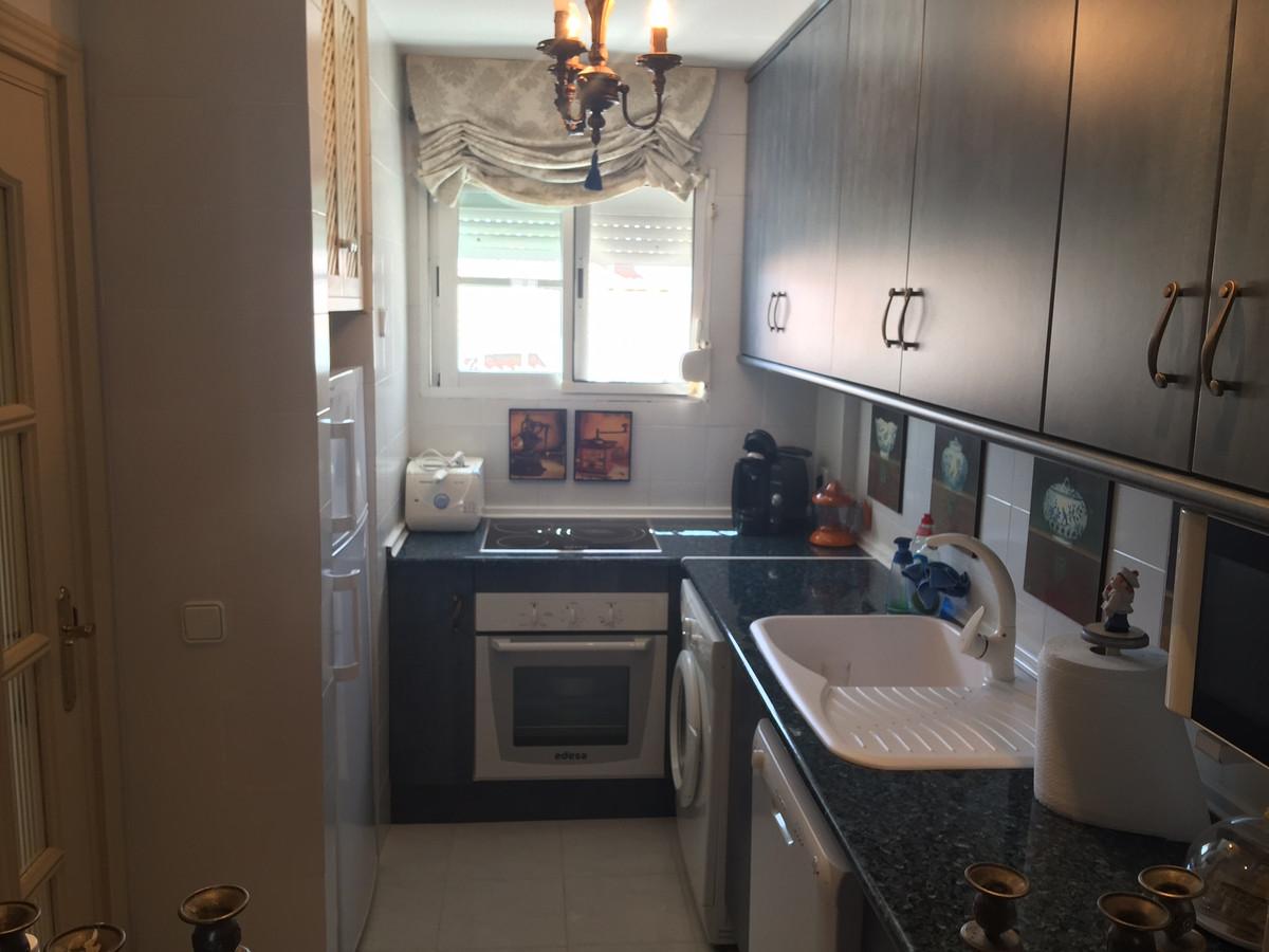Apartment in Calahonda R2742623 6