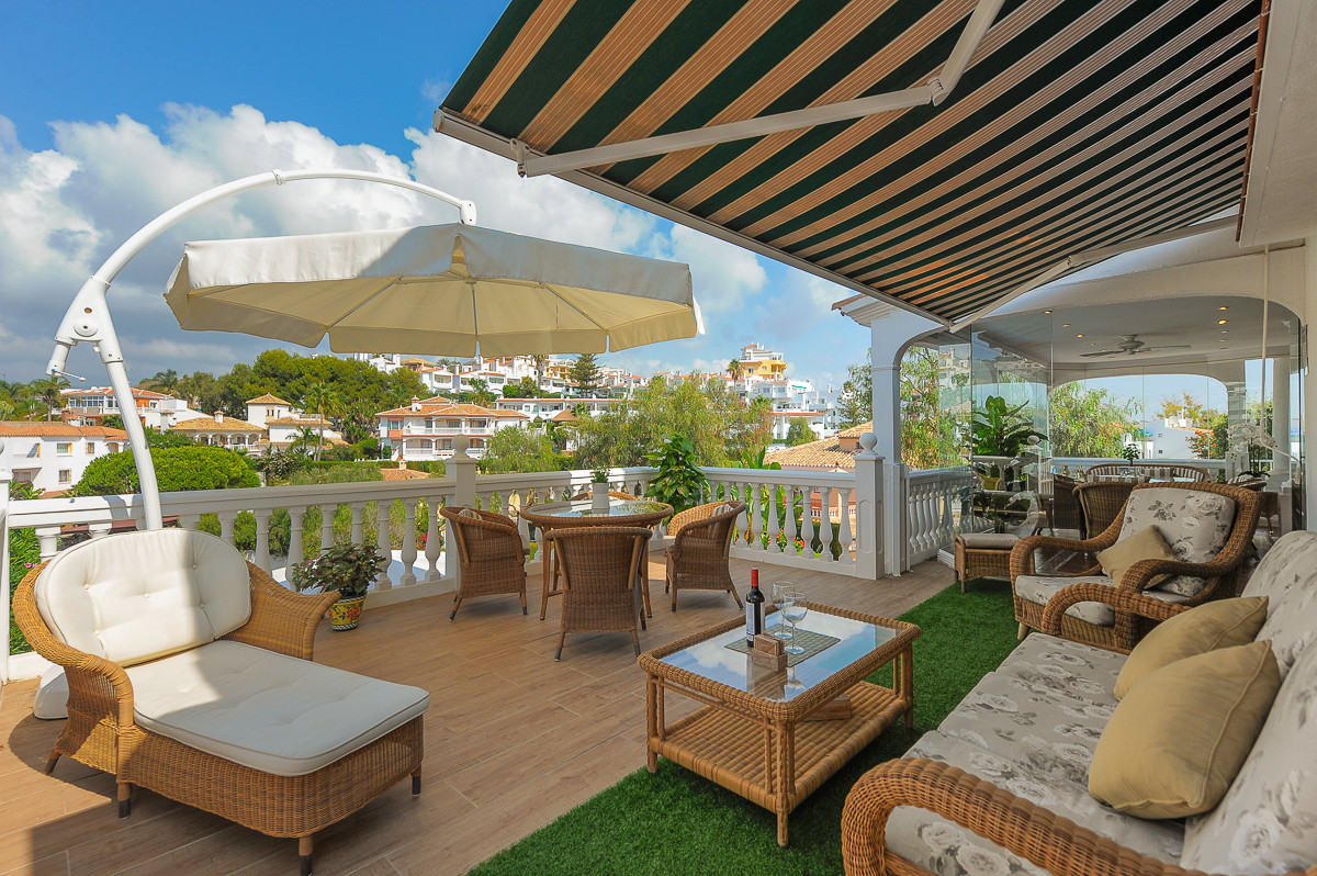 Villa For sale In Torrenueva - Space Marbella