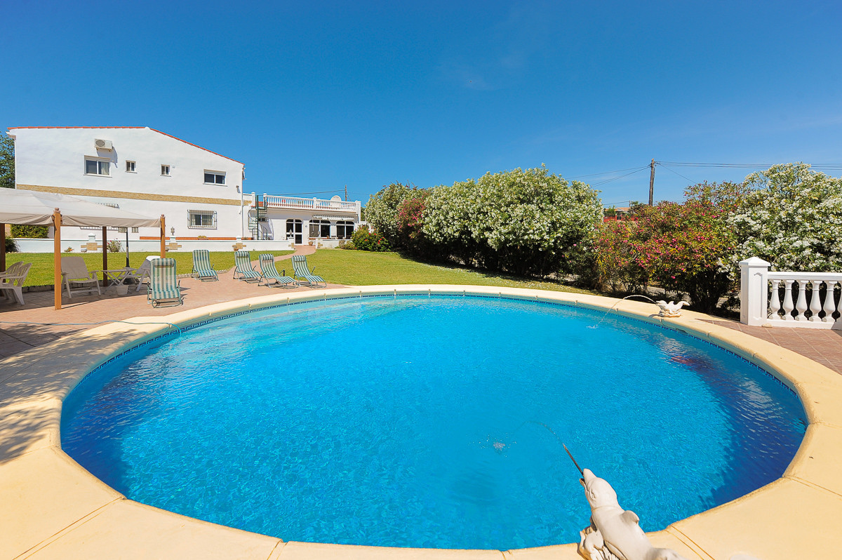 Originally listed at 399,995€ now reduced to 365,000 € for a fast sale Fabulous villa in the area of,Spain