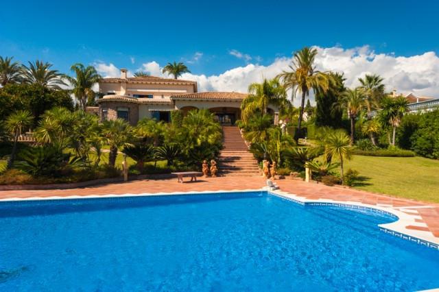 Villa · El Paraiso