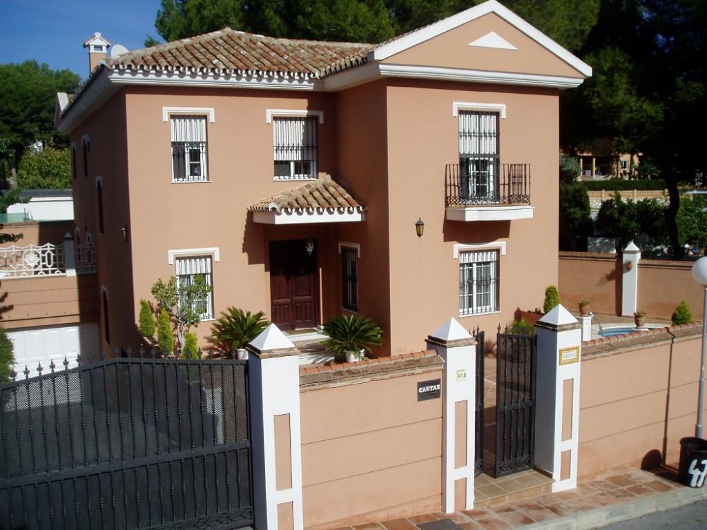Excellent villa located in the sought after area of El Coto in Mijas Costa, the house is very spacio,Spain