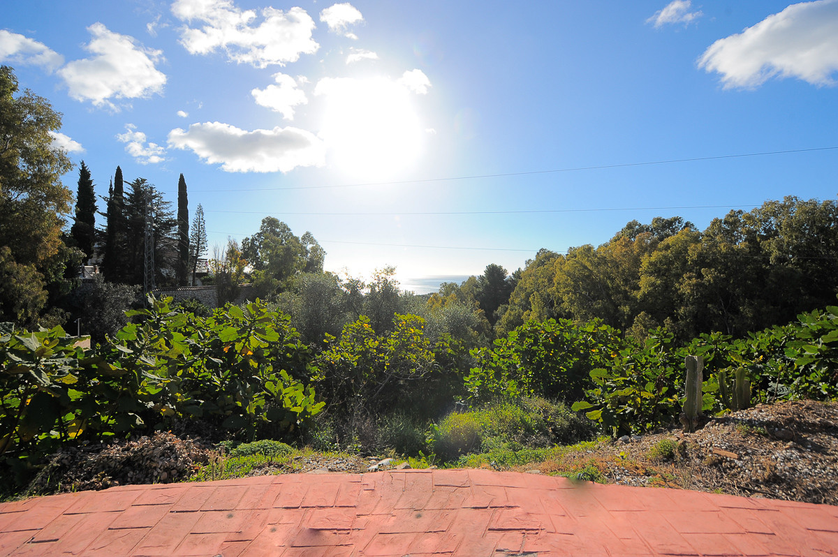 Price reduced from 199.000€ to 174.000€ for a quick sale. This is a plot located in Benalmadena, at ,Spain