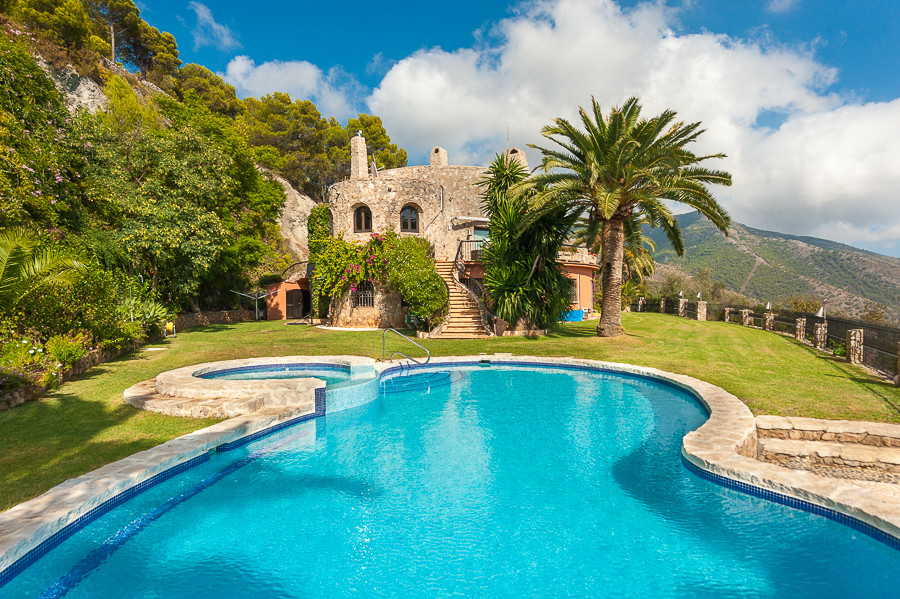 Detached Villa for sale in Mijas R2761985