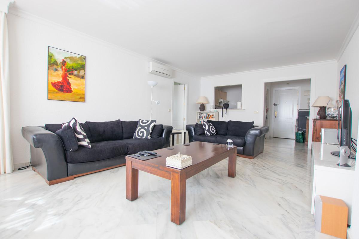 Apartamento con 1 Dormitorios en Venta Torrequebrada