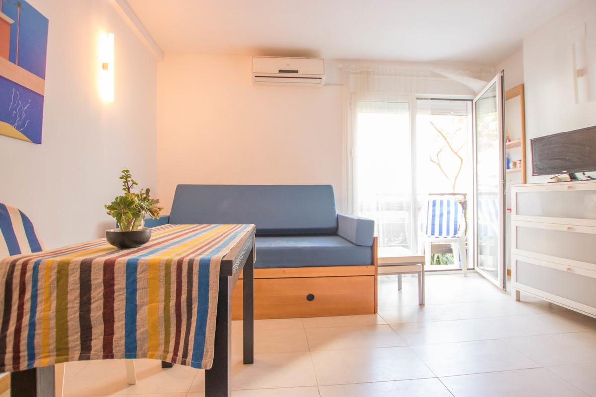 Estudio Planta Media 0 Dormitorio(s) en Venta Benalmadena Costa