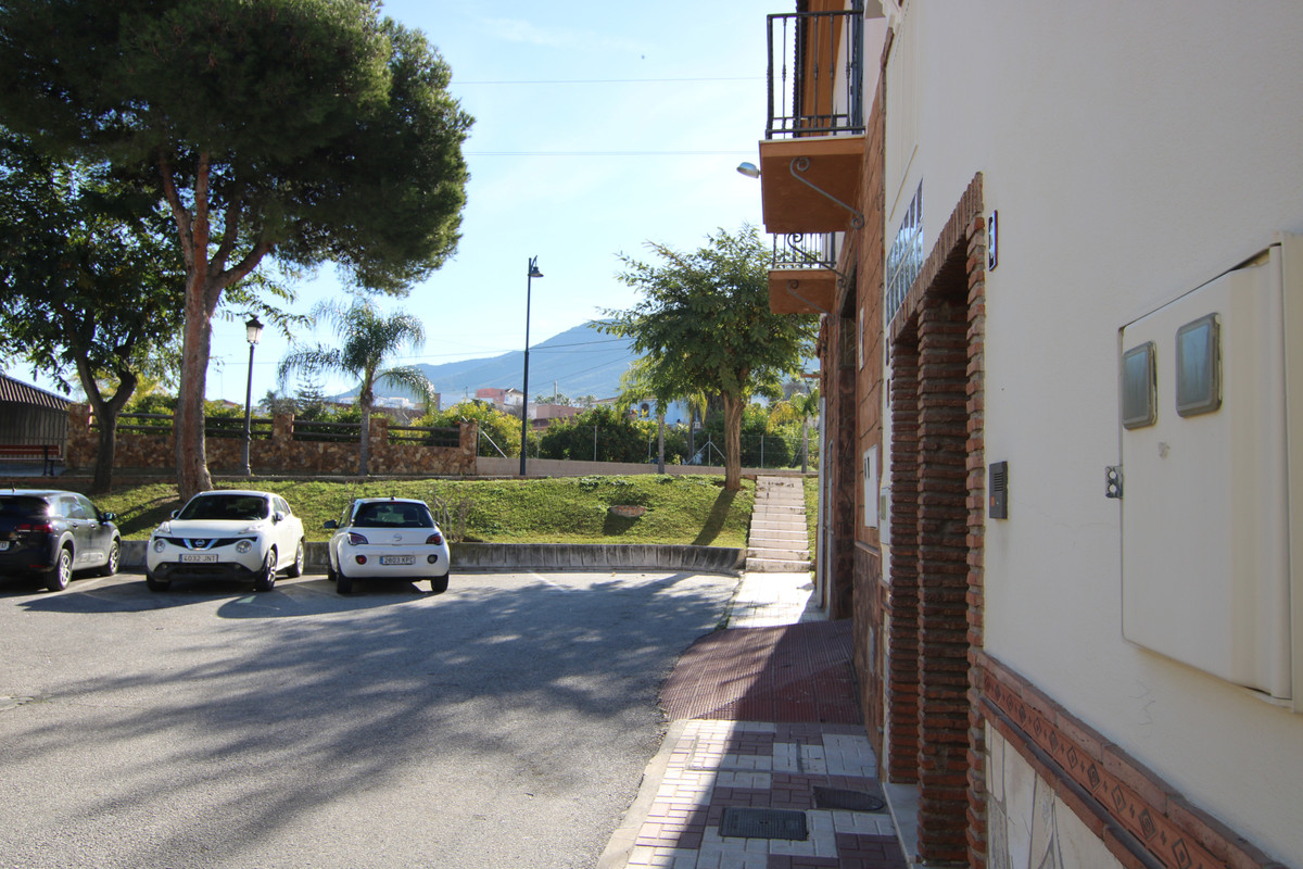 """""""OPPORTUNITY"""" Beautiful apartment, a ground floor in the Urbanization of El Parral """" ,Spain"""