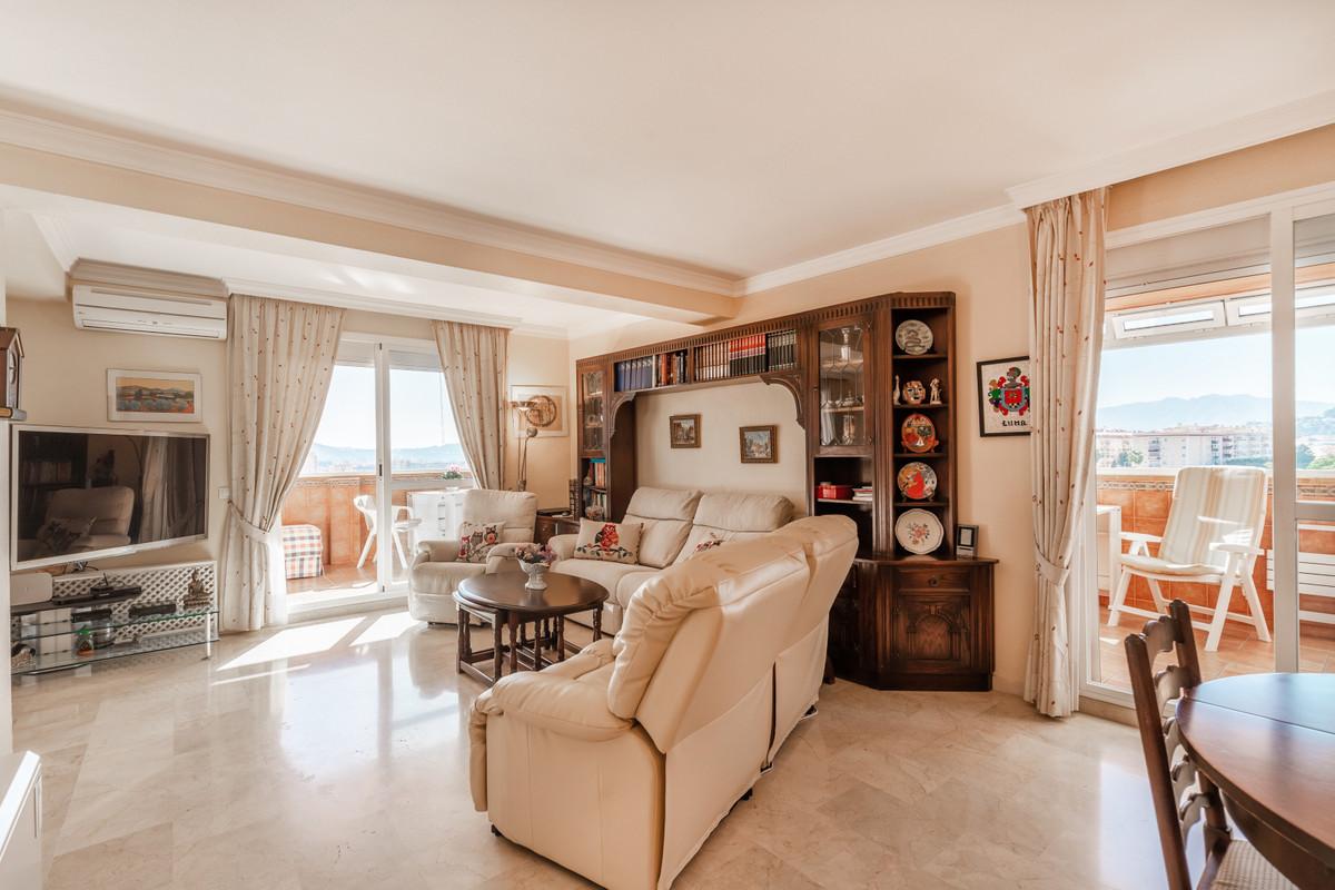 Apartment Penthouse Fuengirola Málaga Costa del Sol R3511432 4