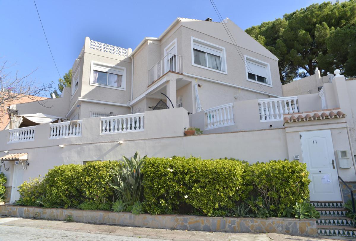 Villa zu verkaufen in Nueva Andalucía R3556525