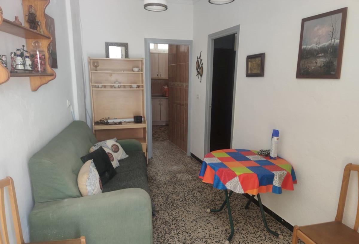 Unifamiliar con 2 Dormitorios en Venta Coín