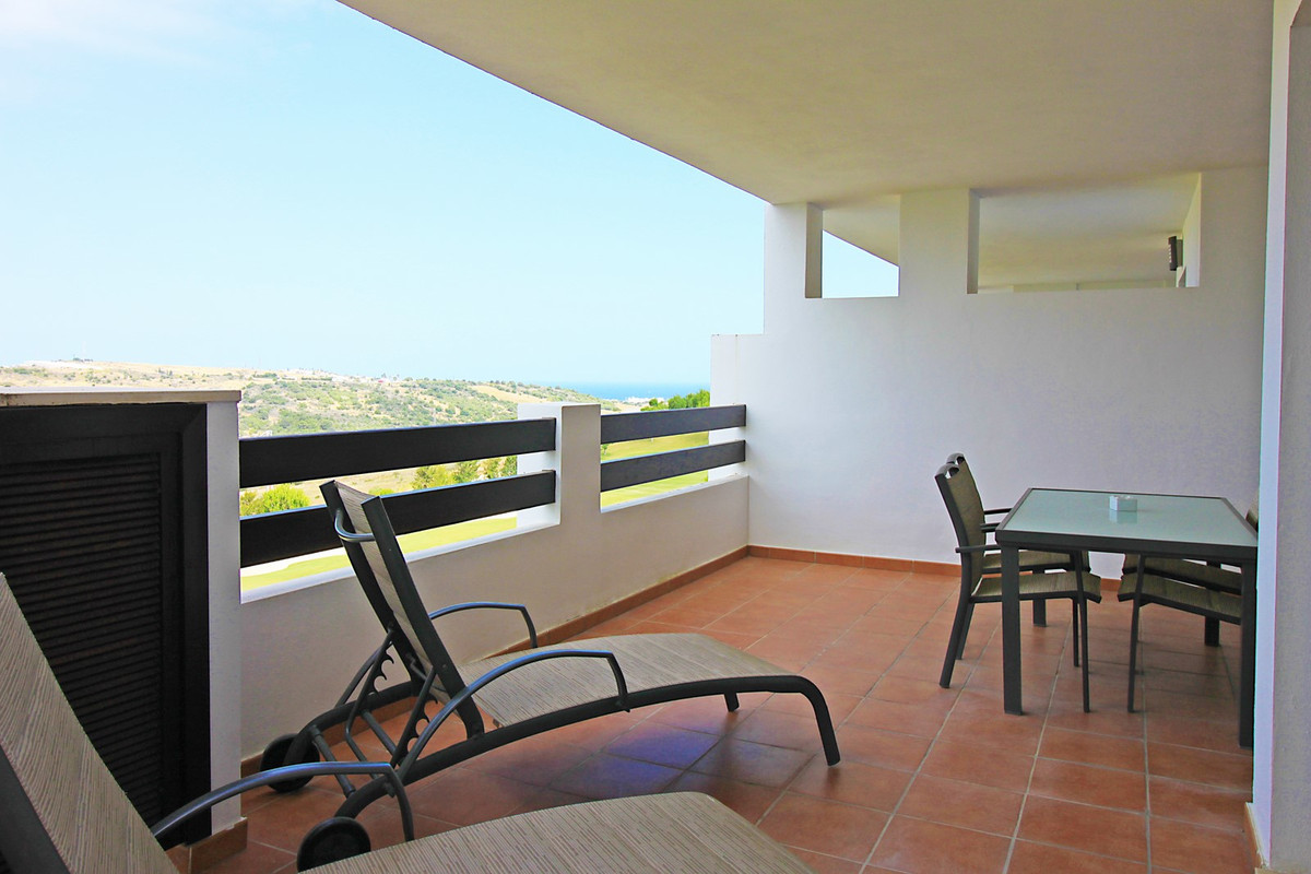 Middle Floor Apartment · Valle Romano