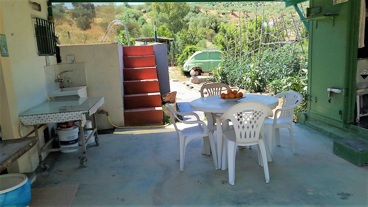 Beautiful country house on land of 1,206.68 m2. House of 34 m2 approximately useful, consists of a b,Spain