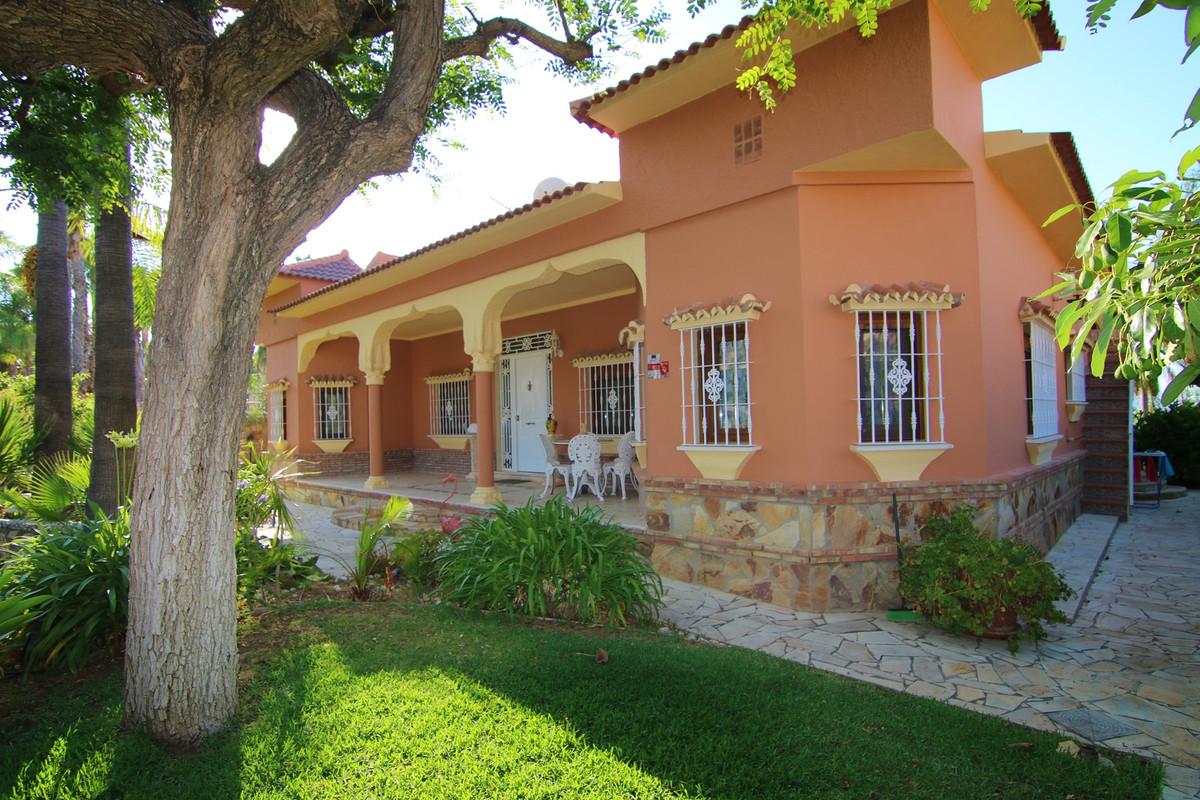"""EXCELLENT VILLA WITH BEAUTIFUL GARDEN IN PINOS DE ALHAURIN  This spectacular villa in """"Pinos de,Spain"""