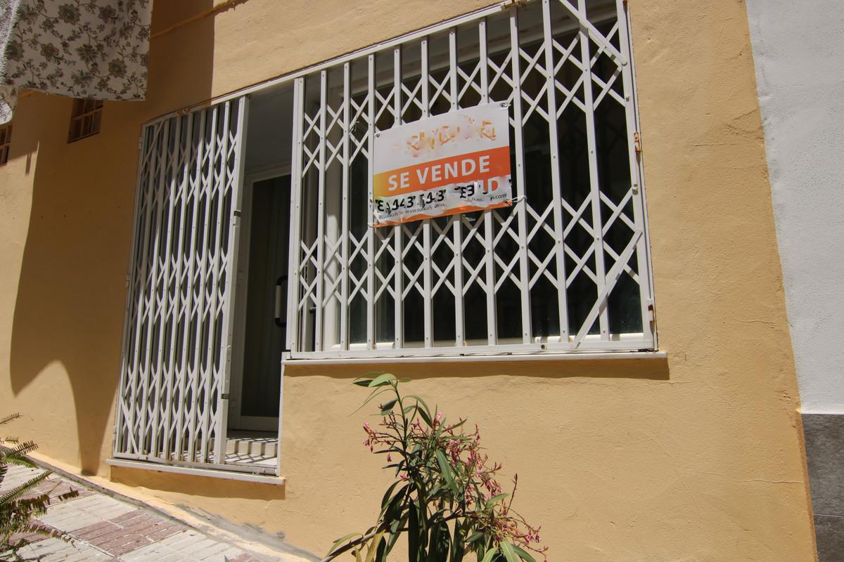 Büro Gewerbeimmobilie in Coin