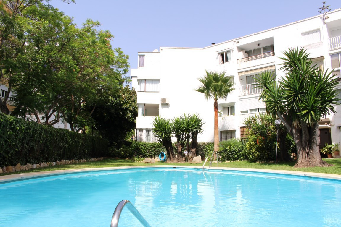 Cozy duplex apartment in the center of Marbella. Located just a few meters from the sea and promenad,Spain