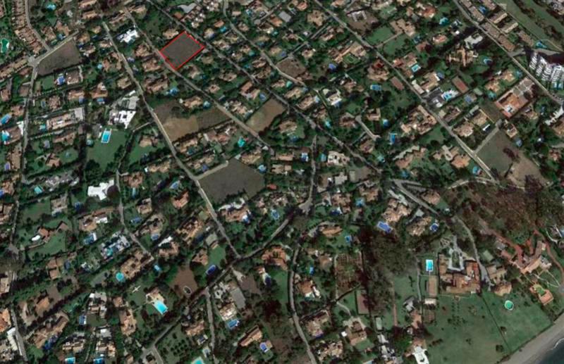 Plot / Land - Guadalmina Baja