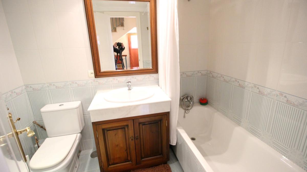Unifamiliar con 4 Dormitorios en Venta Marbella