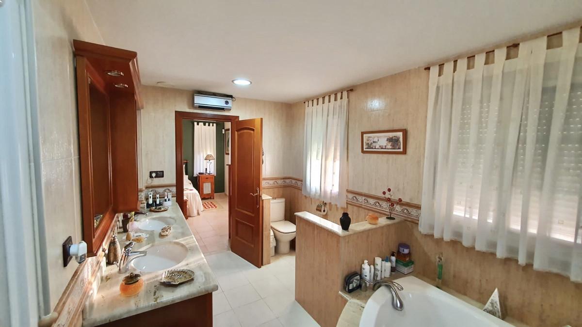 House in Alhaurín de la Torre R3740638 14