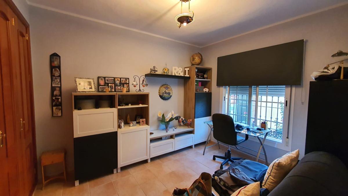 House in Alhaurín de la Torre R3740638 21