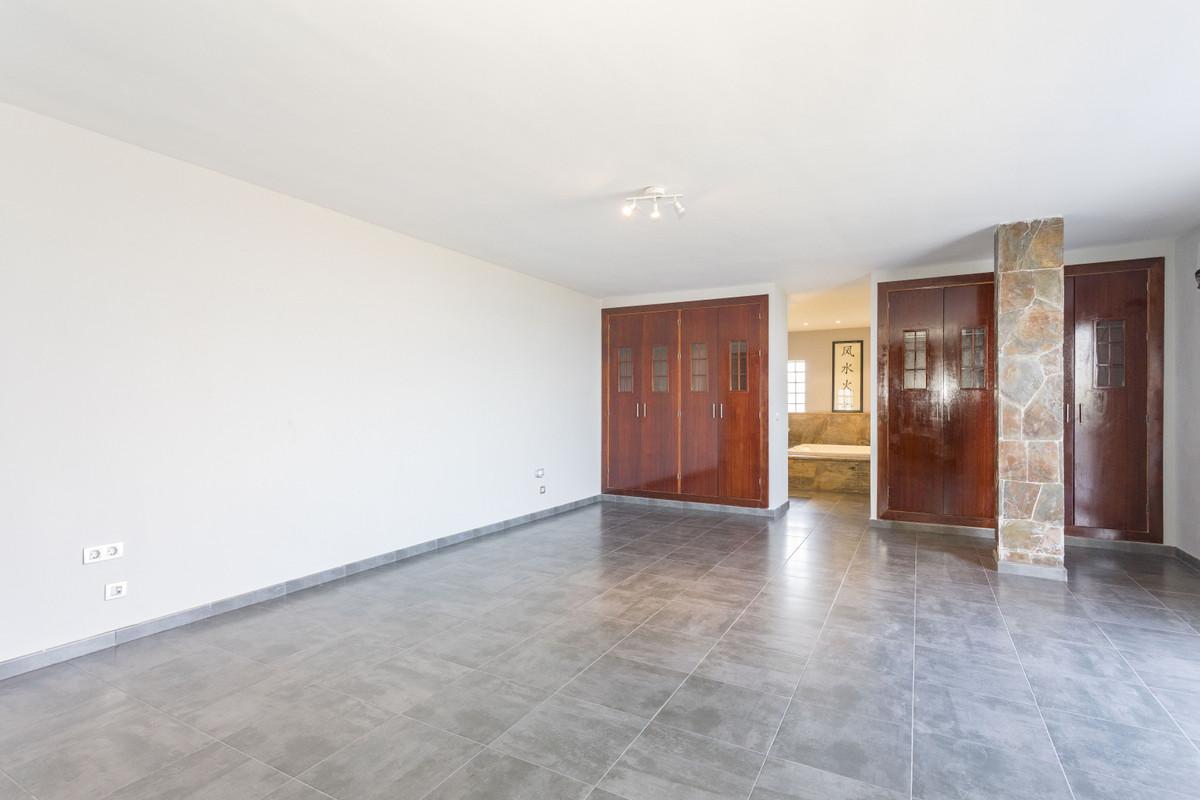 House in Alhaurín de la Torre R3879166 12