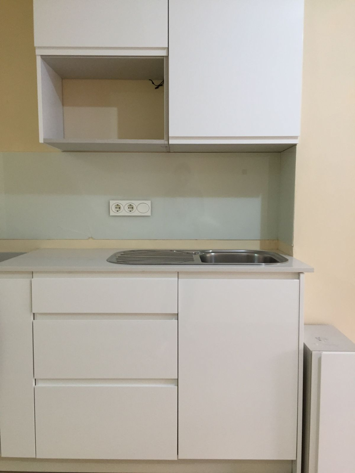 MAGNIFICENT APARTMENT IN FULL CENTER OF FUENGIROLA ONE STEP FROM ALL SERVICES AND THE BEACH. IT HAS ,Spain