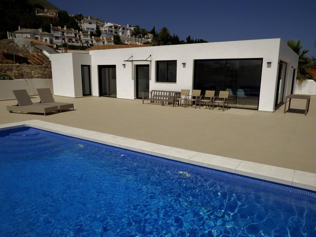 Villa - Chalet en venta en Benalmadena Costa R3619415