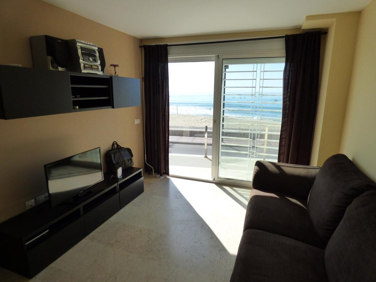 Appartement  Rez-de-chaussée en vente   à Carvajal