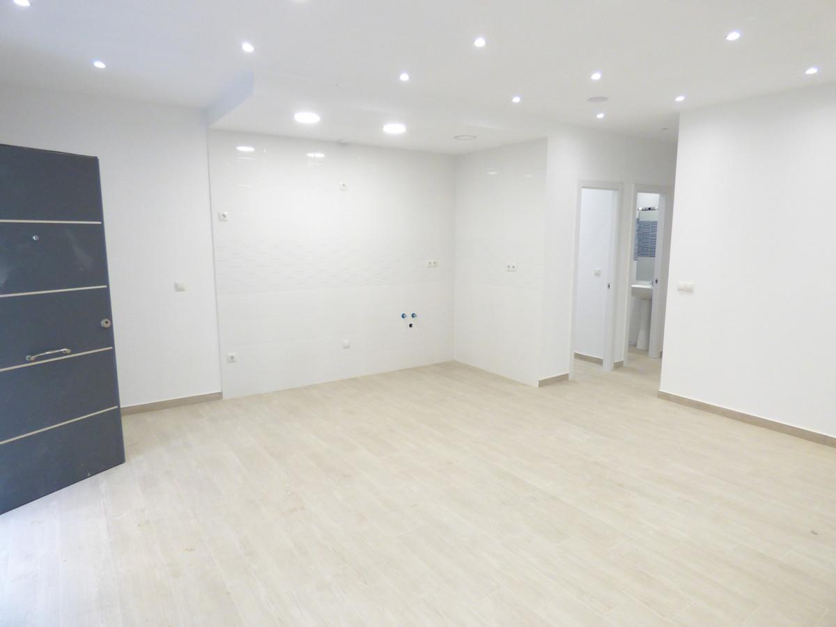 Apartment Ground Floor Fuengirola Málaga Costa del Sol R3654917