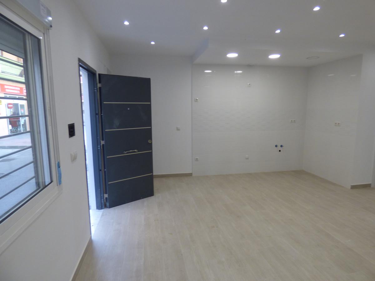 Apartment Ground Floor Fuengirola Málaga Costa del Sol R3654917 3