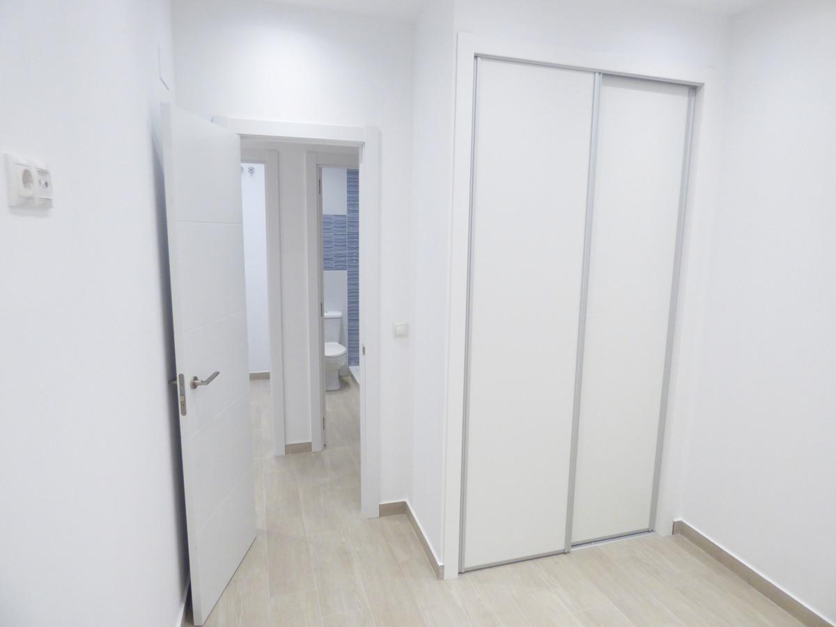 Apartment Ground Floor Fuengirola Málaga Costa del Sol R3654917 6