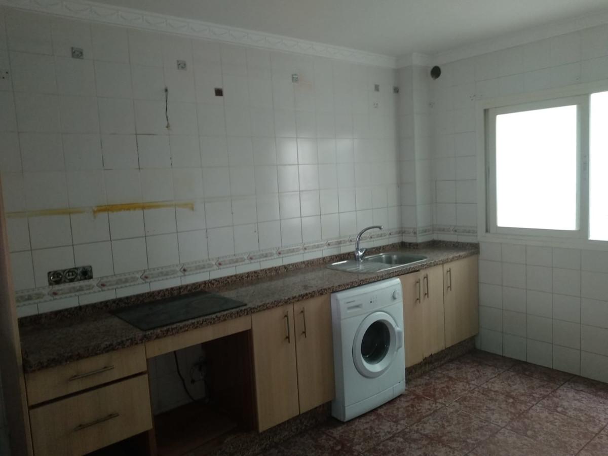 Apartamento 6 Dormitorios en Venta Mijas Costa