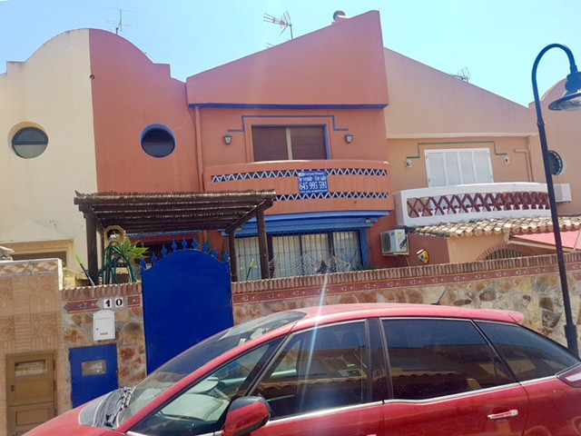 Townhouse in Dona Ermita, consists of two bedrooms and two bathrooms. Furnished housing with equippe,Spain