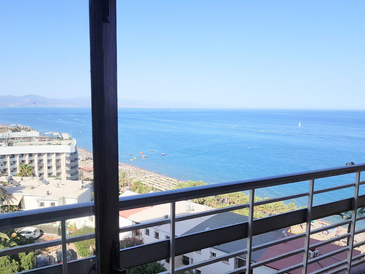 Middle Floor Apartment, Torremolinos, Costa del Sol. 1 Bedroom, 1 Bathroom, Built 40 m².  Setting : ,Spain