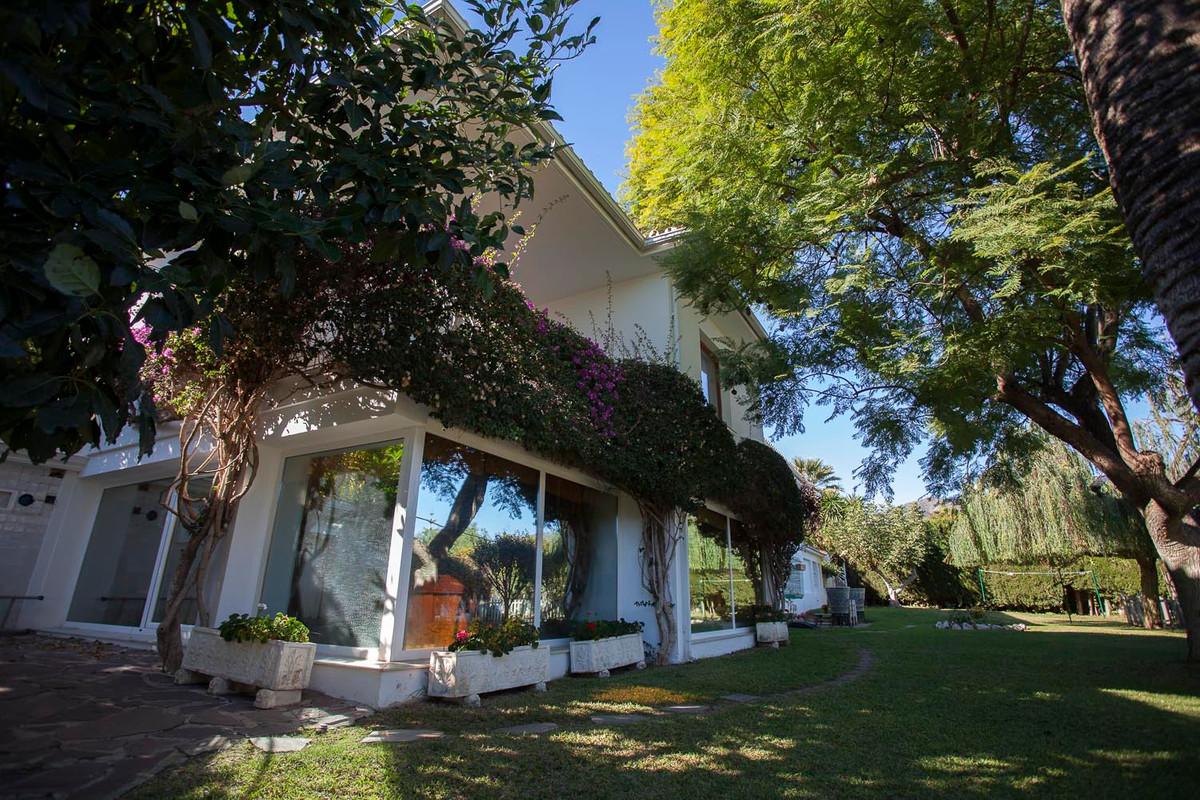 Detached Villa for sale in Benalmadena R3437359