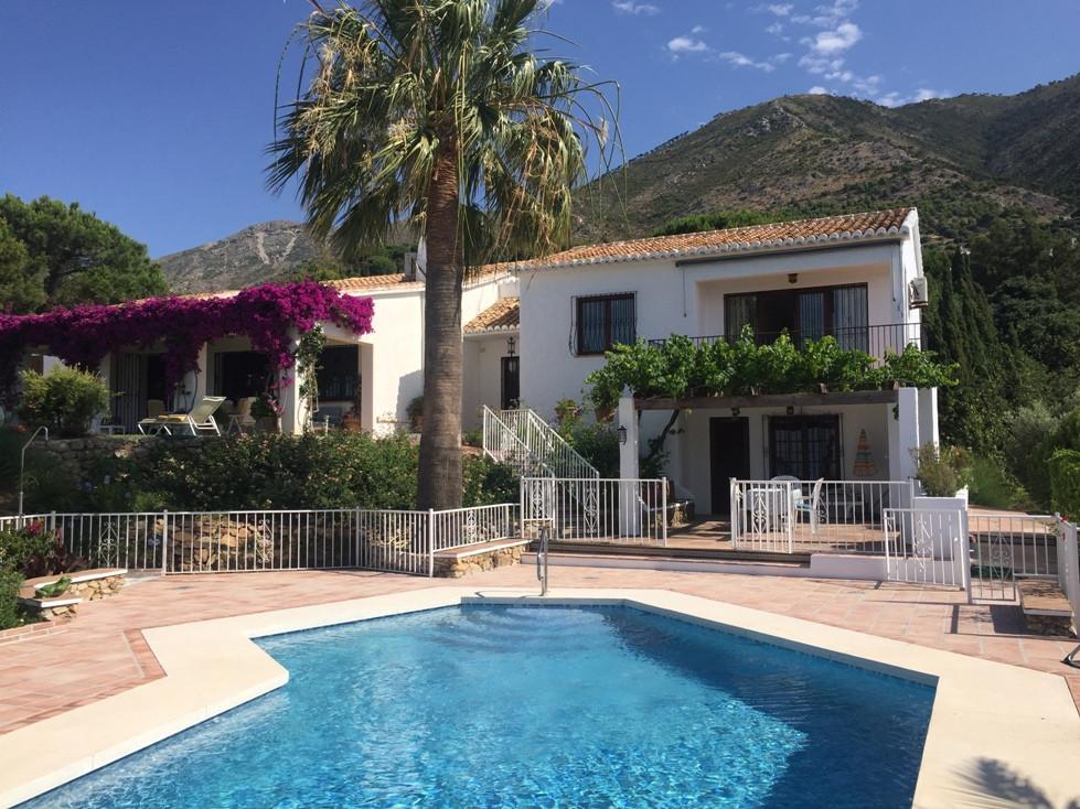 Detached Villa for sale in Mijas R3204682