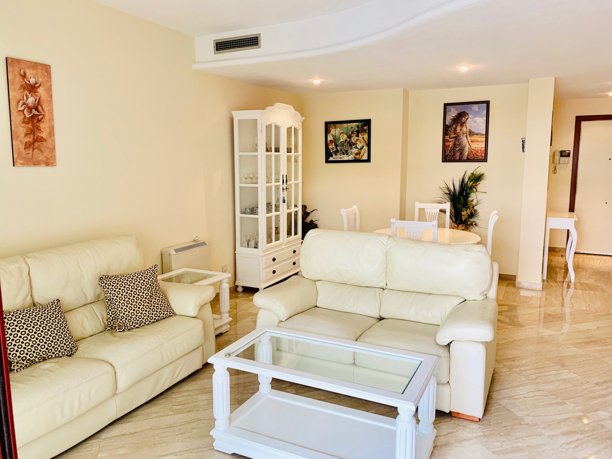 2 Bedroom Apartment for sale San Pedro de Alcántara