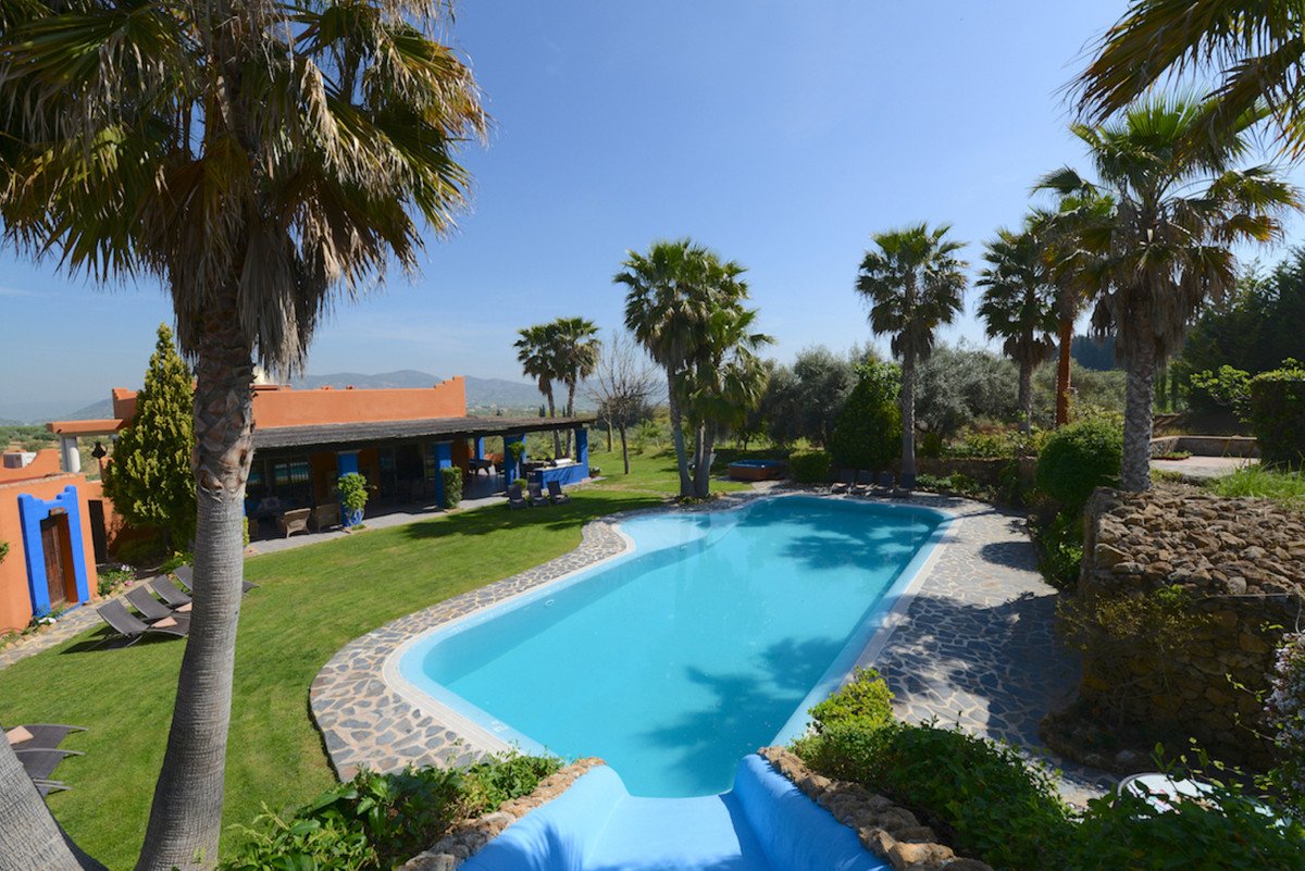 House in Alhaurín el Grande R3902713 2