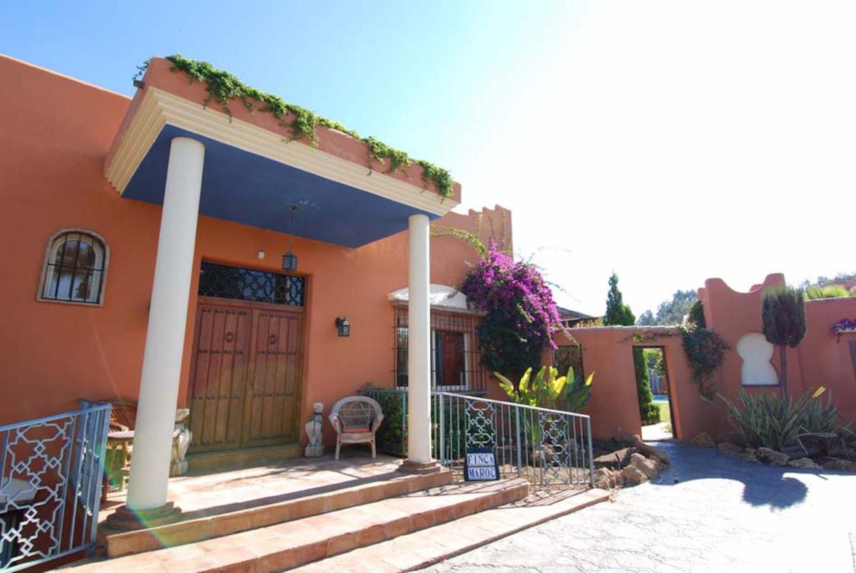 House in Alhaurín el Grande R3902713 4