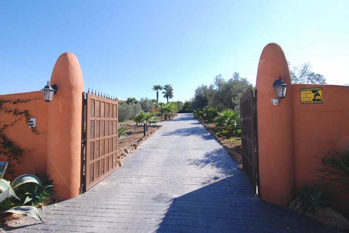 House in Alhaurín el Grande R3902713 49