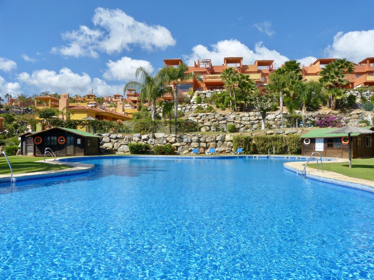 Penthouse for sale in Reserva de Marbella R3597608