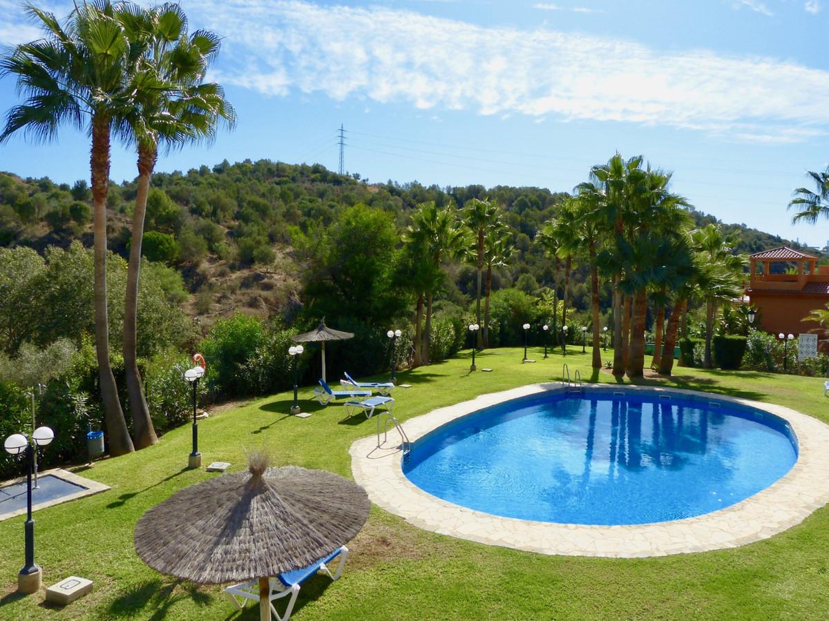 Penthouse in Reserva de Marbella R3517237