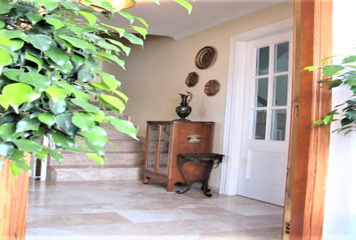 4 Bedroom Semi Detached Villa For Sale Alhaurín de la Torre
