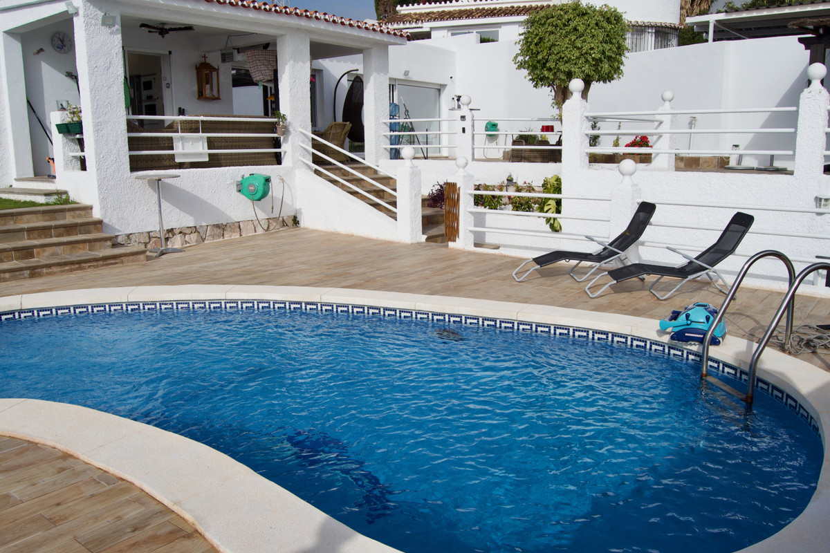House in Arroyo de la Miel R3609701 3