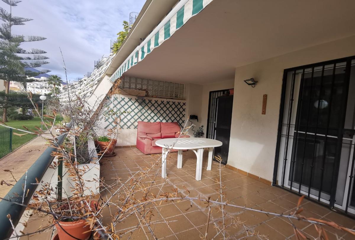 Ground Floor Apartment, Torrequebrada, Costa del Sol. 2 Bedrooms, 1 Bathroom, Built 108 m², Terrace ,Spain