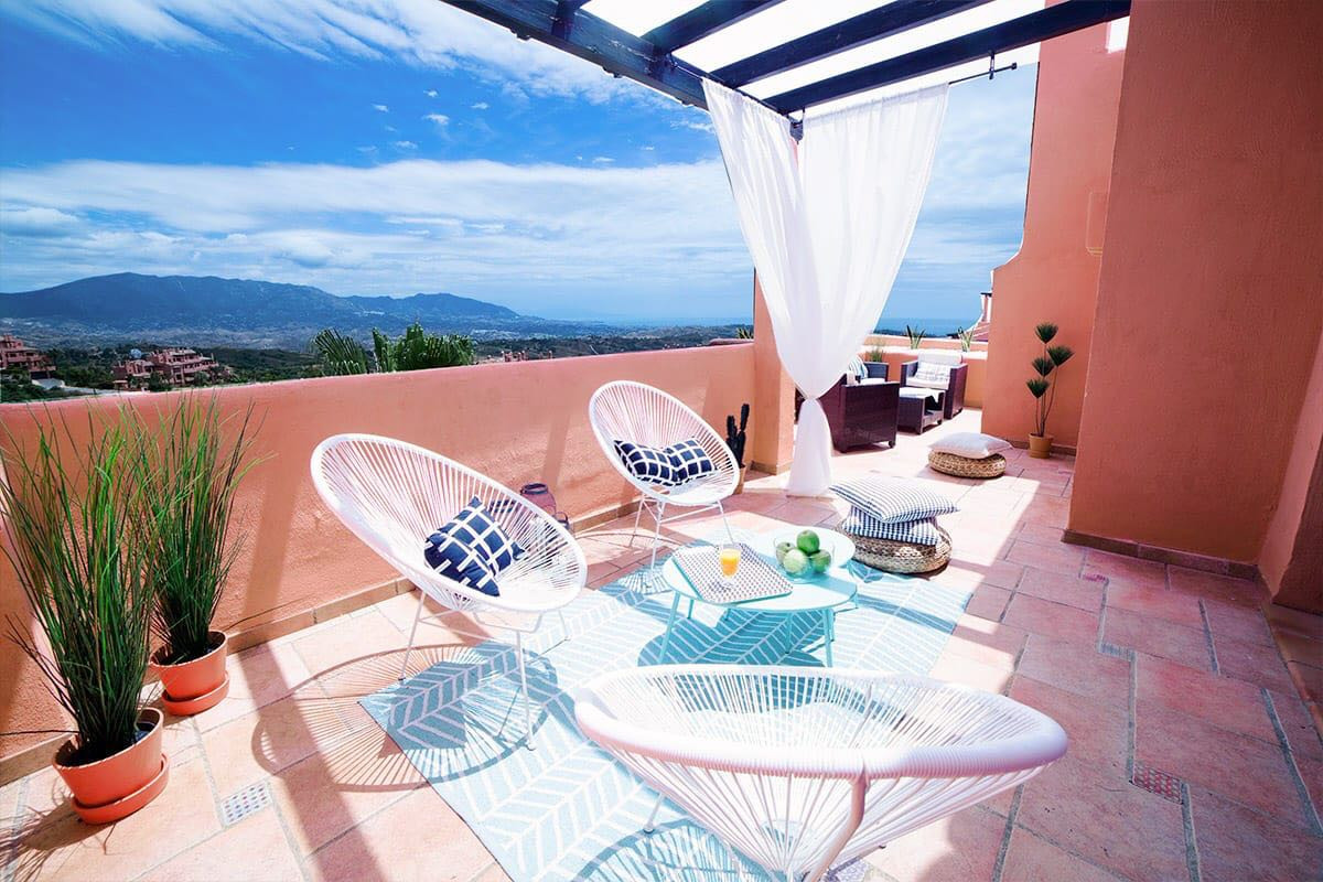 Penthouse, Marbella, Costa del Sol. 3 Bedrooms, 3 Bathrooms, Built 220 m², Terrace 50 m².  Setting :,Spain