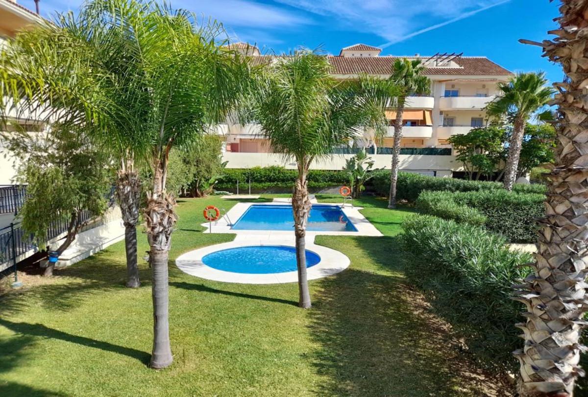 Penthouse, Benalmadena, Costa del Sol. 3 Bedrooms, 2 Bathrooms, Built 179 m², Terrace 60 m².  Settin,Spain