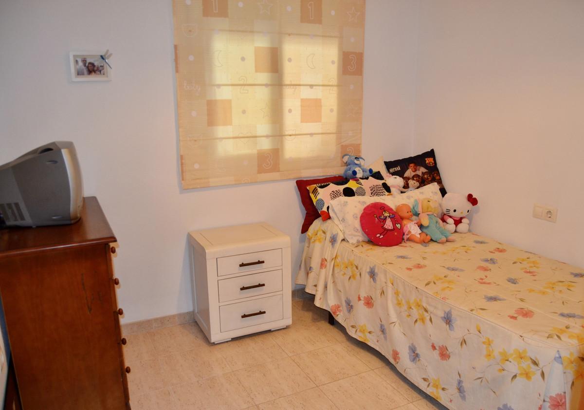 Apartment in Alhaurín de la Torre R3610370 11