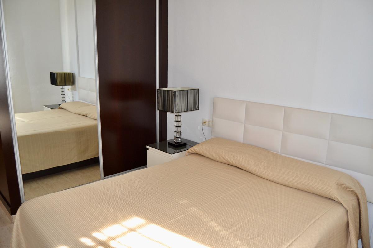 Apartment in Alhaurín de la Torre R3610370 8