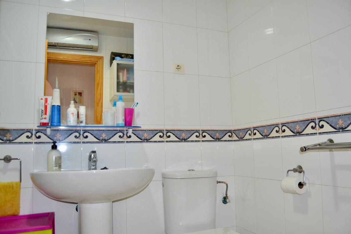 Apartment in Alhaurín de la Torre R3610370 9