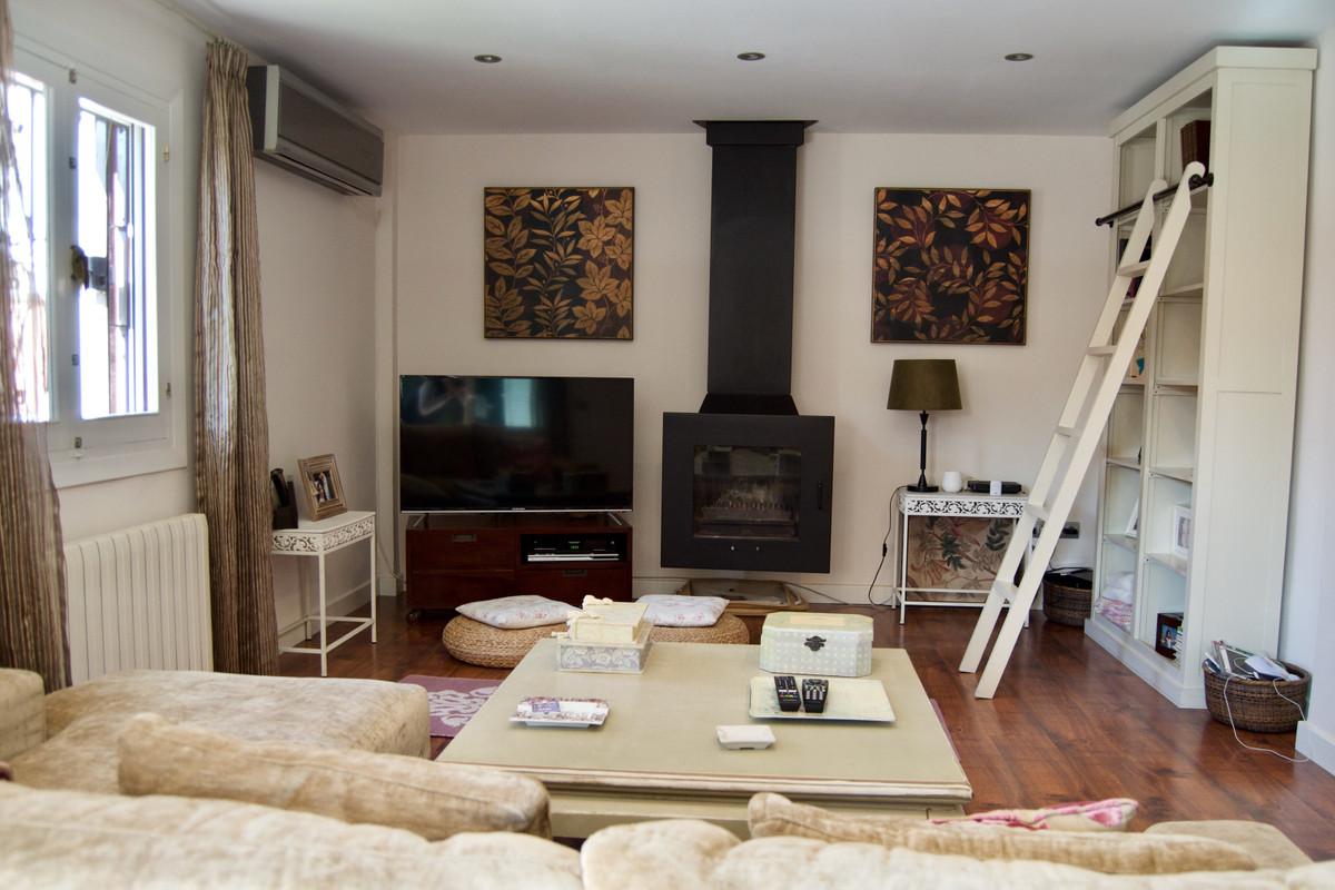 Villa con 4 Dormitorios en Venta Torremolinos